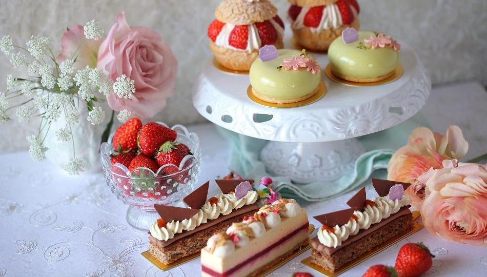 春の新作ケーキのご案内